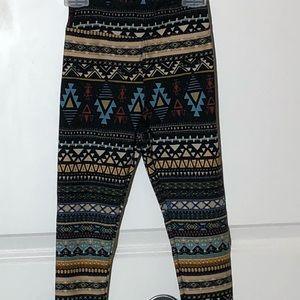 🆕 Lularoe Aztec Kids Leggings-S/M
